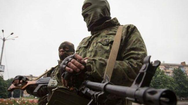Боевики на Донбассе шесть раз открывали огонь по позициям сил ООС, один украинский военный погиб, один ранен