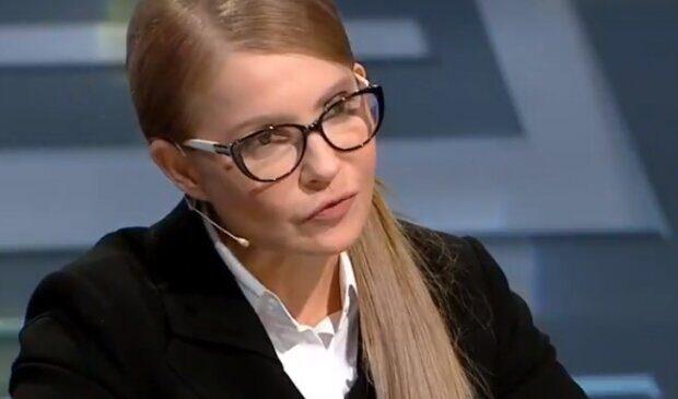 Тимошенко внезапно встала на защиту Зеленского. По Порошенко прошлась грязными сапогами