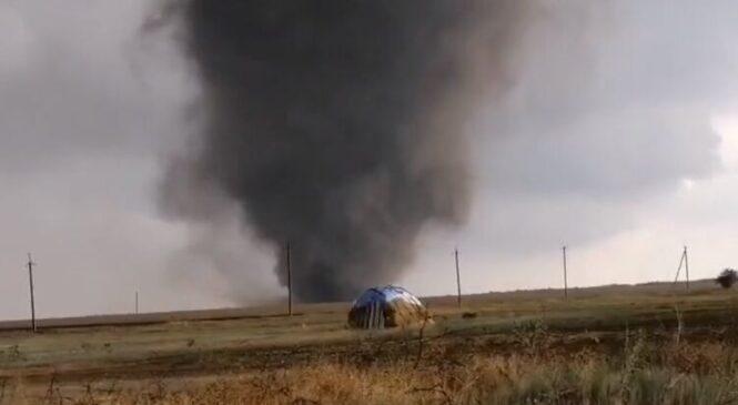 Опубликовано видео воскресного торнадо над Херсонской областью и его последствий