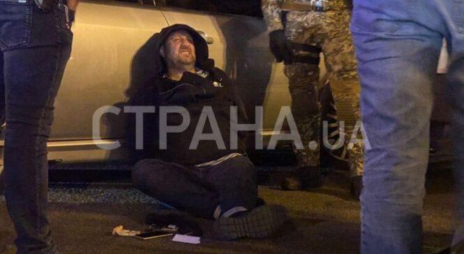 В полиции сообщили первые подробности задержания на Крещатике в Киеве двух грабителей